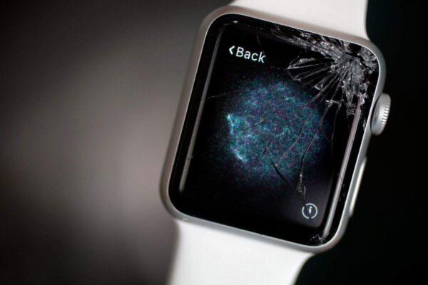 Экран Apple Watch не работает